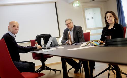 Delegasjonen til meklingen med Kysterederiene 2020. F.v.: Geir Offerdal, Jan-Erik Lundby og Line Heimstad.